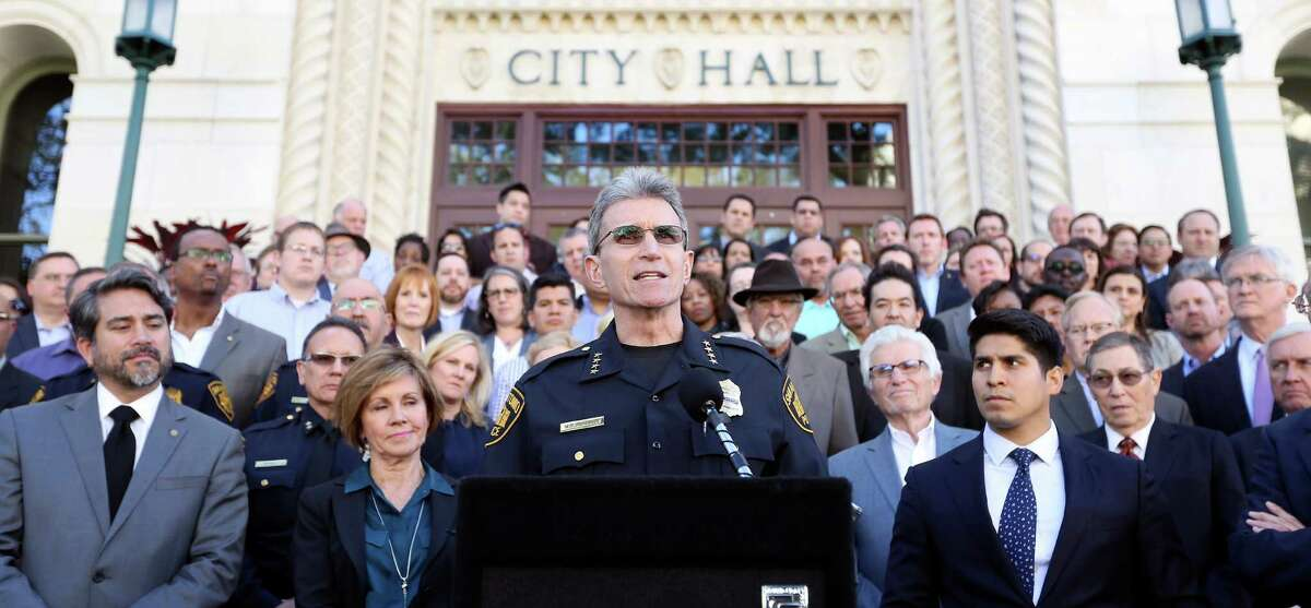 Rejection of resignation call McManus, flanked by City Manager Sheryl Sculley, District 4 Councilman Rey Saldaña and several other city officials and employees rejected the call for resignation at a City Hall press conference on March 24, 2016. McManus, who has been chief since 2006 with a brief hiatus last year, said he considers the vote