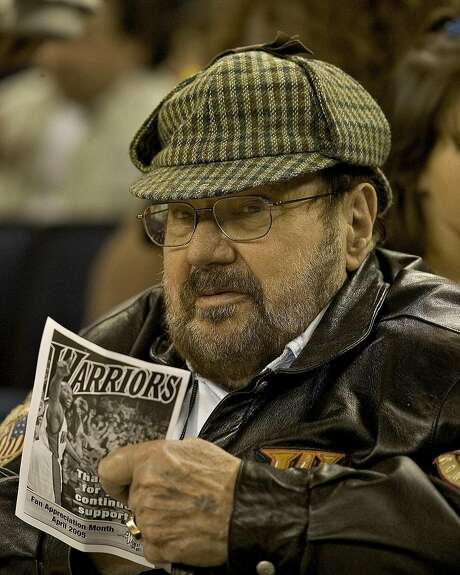 Early Warriors owner Franklin Mieuli wears his trademark deerstalker cap as the team plays in 2004. Photo: John O'Hara, The Chronicle