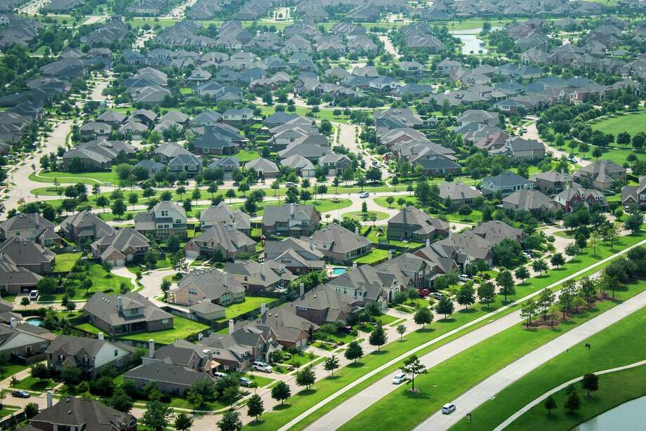 Homes in the greater Houston area reached a total value of $393.4 billion in 2017, according to Zillow. The amount is up 5.4 percent from 2016. Photo: Smiley N. Pool, Staff / © 2013  Houston Chronicle