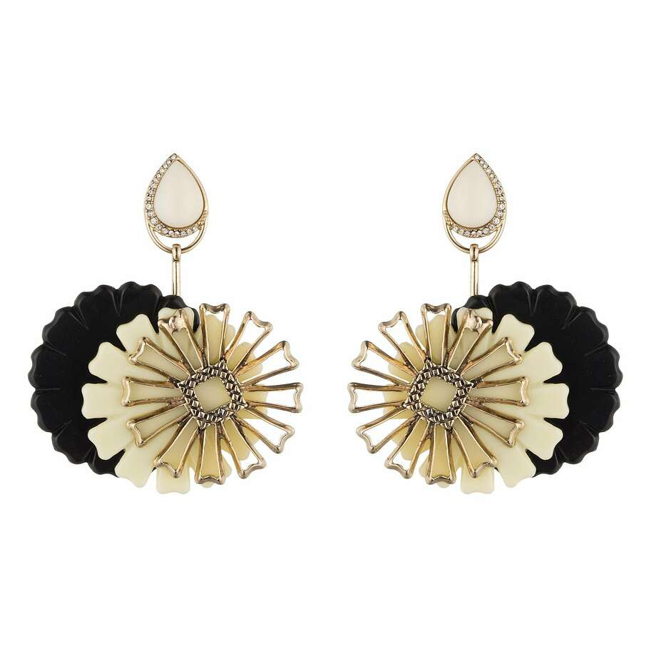 Lulu Frost's spring Mod-Mode line includes these adaptable Patti earrings. Photo: Lulu Frost