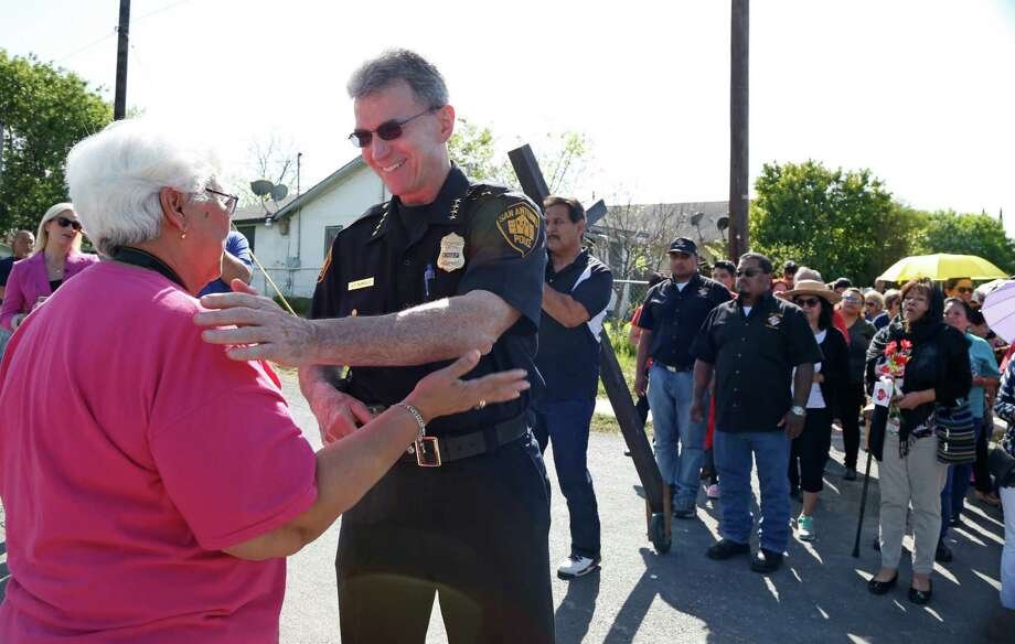 San Antonio Police Chief William McManus thanks Sally Garza after leaving the congregation of Christ the King Church. The congregation was doing a Station of the Cross in a West side neighborhood 24 hours after a vote of no confidence by the San Antonio Police Officers Association Photos. A reader condemns the union and its president for the no-confidence vote against the chief. Photo: Ronald Cortes /