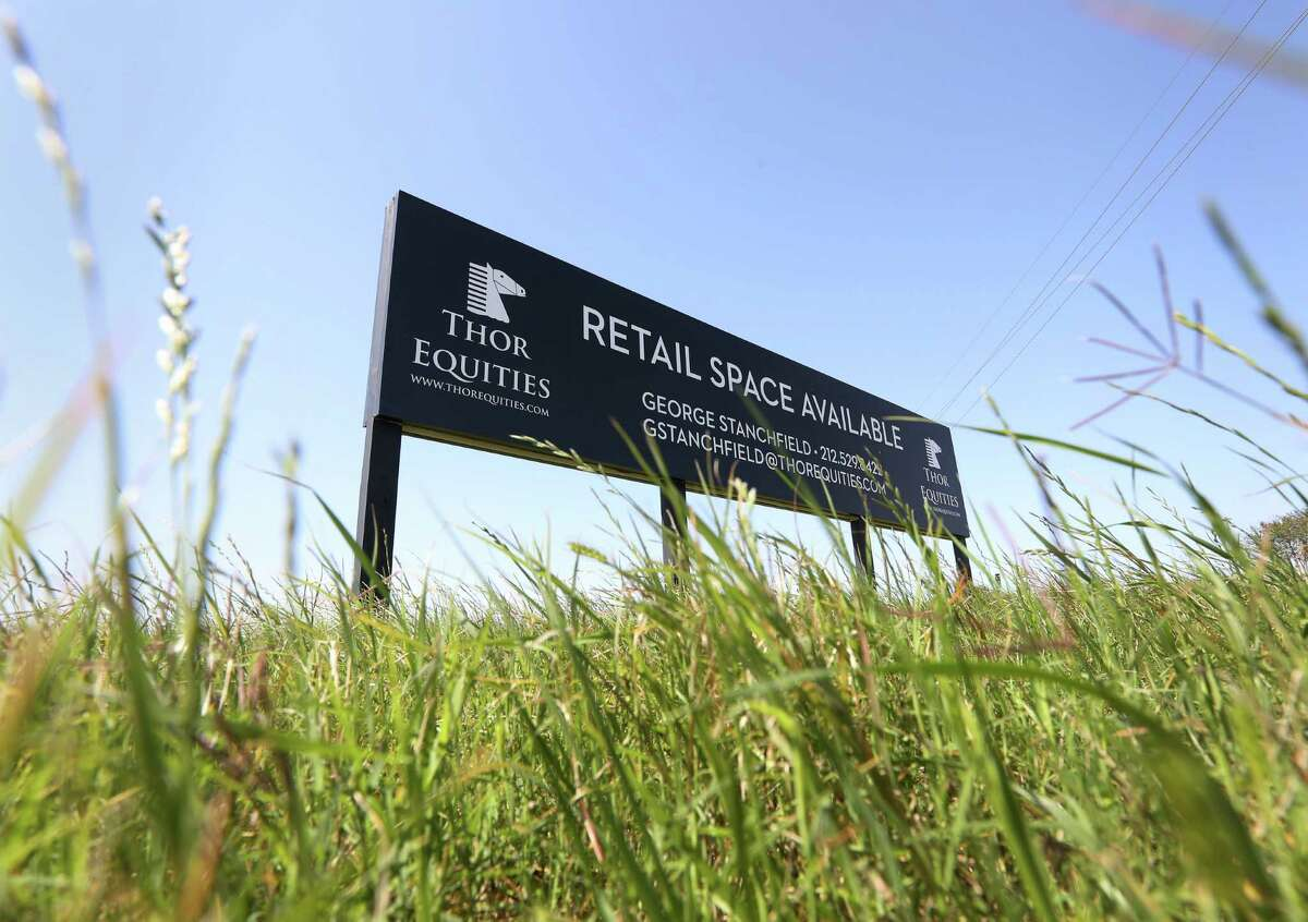 A sign advertising retail space at the corner of Spring Green Boulevard and Cinco Terrace Drive is seen Thursday, March 24, 2016, in Houston. Thor Equities is developing retail stores and restaurant spaces at the location. ( Jon Shapley / Houston Chronicle )