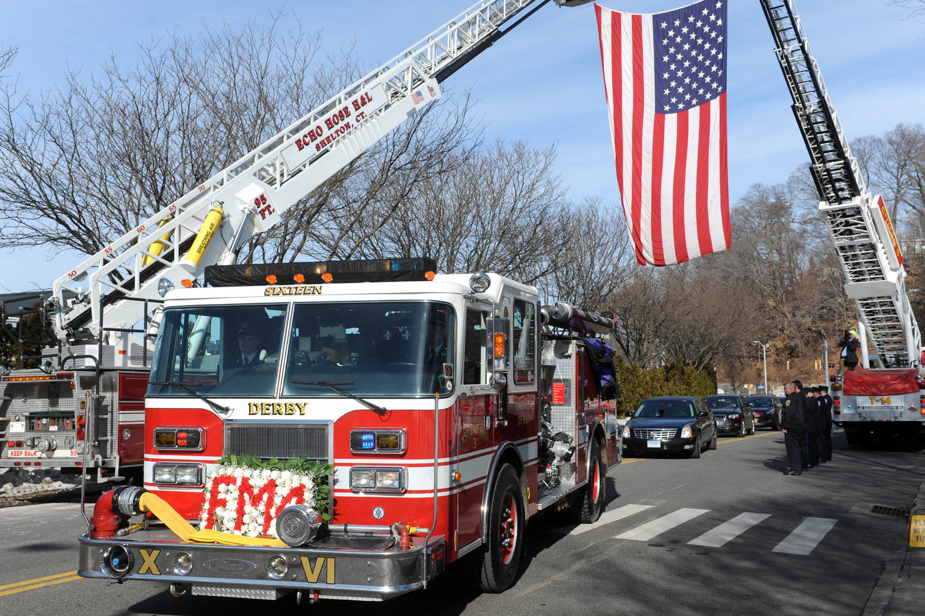 Cats rescued from derby apartment fire connecticut post for Swanson s fish market