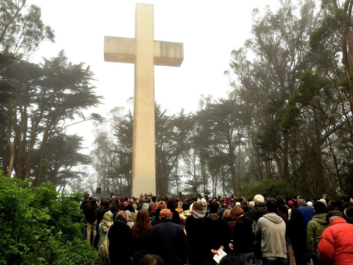 A few hundred worshippers celebrated Easter atop San Francisco's Mt. Davidson on Sunday morning. A sunrise service has been held there for the past 94 years.