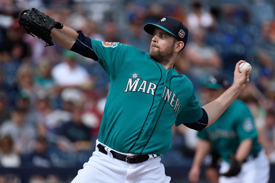 PEORIA, AZ - MARCH 07: James Paxton #65 of the Seattle Mariners pitches against the Arizona Diamondbacks during a spring training game at Peoria Stadium on March 7, 2016 in Peoria, Arizona. (Photo by Lisa Blumenfeld/Getty Images)