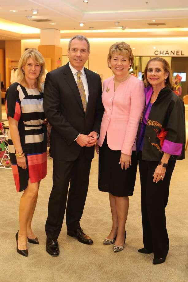 Syd Moen, Bob Devlin, Dr. Kelly Zúñiga, and Gail Klein