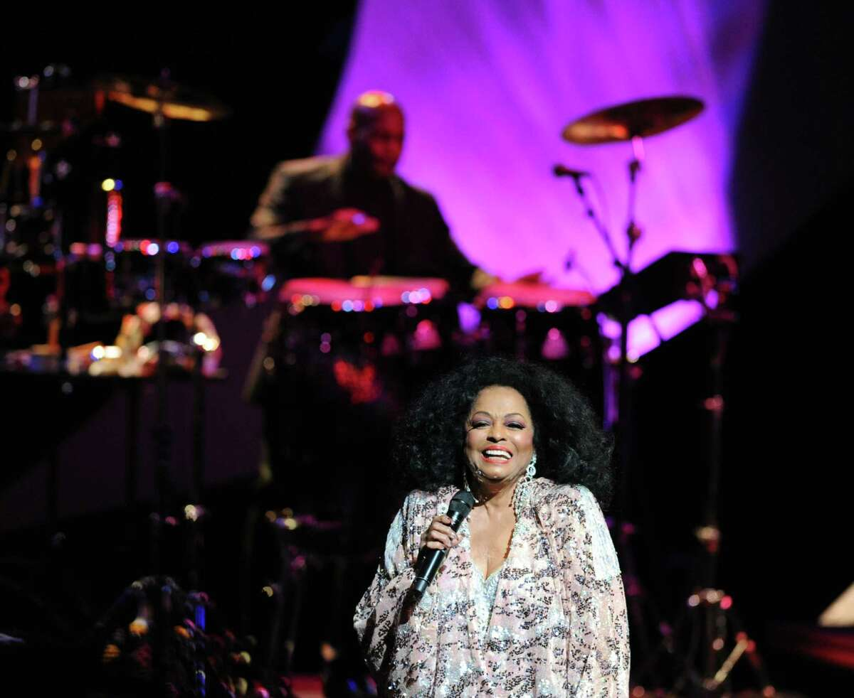Diana Ross performs at the Palace Theater in Stamford, August 17, 2013.