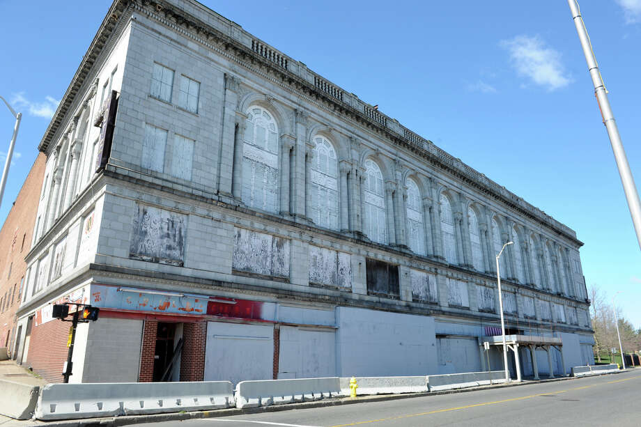 The former Palace and Majestic Theaters, and Savoy Hotel in Bridgeport, Conn. March 29, 2016. Photo: Ned Gerard, Hearst Connecticut Media / Connecticut Post