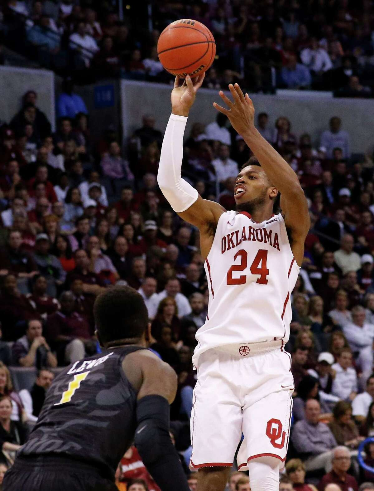 Oklahoma's Buddy Hield is the college game's version of Stephen Curry, but few young players are skilled enough to have the green light to shoot like Hield.