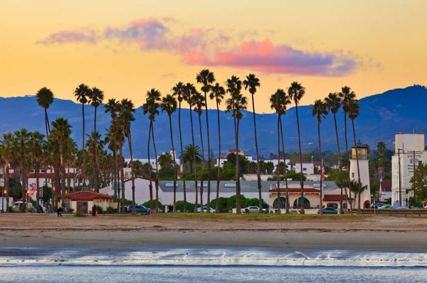 LONGEST LIFE EXPECTANCY AMONG THE POORSanta Barbara, CAAverage life expectancy: 81.7 years (40-year-olds with household incomes below $28,000)Source: New York Times