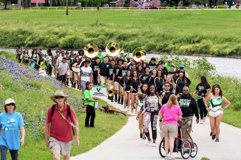 The recent 2016 Bayou Greenway Day officially opening a portion of the White Oak Bayou Greenway drew about 3,000 people to T.C. Jester Park in Northwest Houston. Photo: F. Carter Smith / © 2015 F. Carter Smith