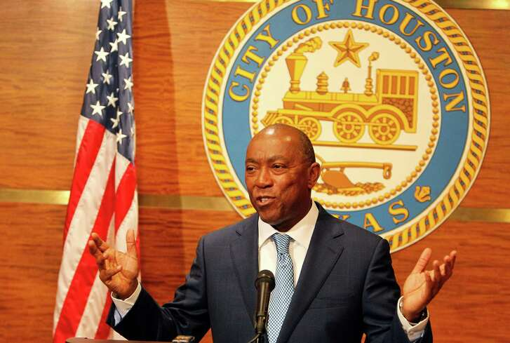 Houston Mayor Sylvester Turner held his first press conference after his first City Council meeting Monday in Houston. ( Steve Gonzales  / Houston Chronicle  )
