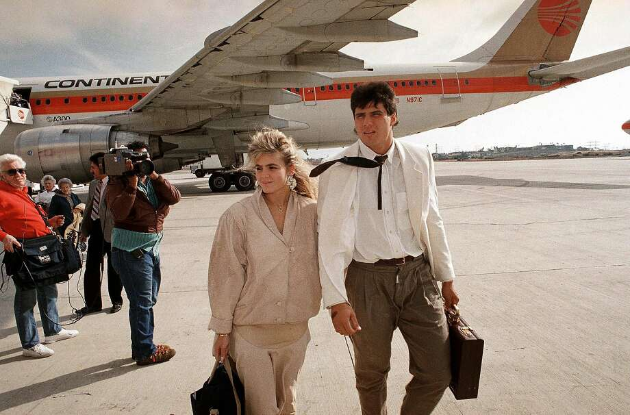 Brash Jose Canseco, with-then fiancee Esther Haddad, was a favorite target of teammate Dave Parker. Photo: Alan Greth, AP