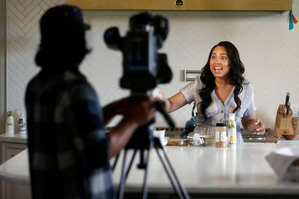 "Ayesha Curry tapes her CSN Bay Area show ""Cookin' with the Currys"" in the kitchen of her home in Walnut Creek, Calif., on Wednesday, March 30, 2016."