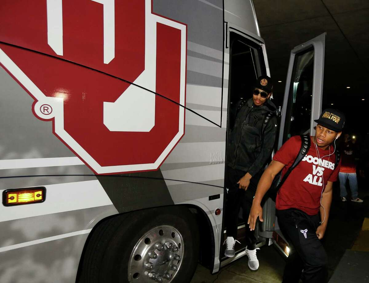 Oklahoma University Sooners players and personnel arrive at the Westin Galleria, 5060 W Alabama St., Wednesday, March 30, 2016, in Houston. Oklahoma will play Villanova in the 2016 NCAA Men's Basketball Tournament Final Four on Saturday, April 2.