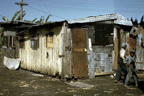 Shacks of Negro migratory workers, Belle Glade, Florida 19410101 (Universal History Archive/UIG via Getty Images)