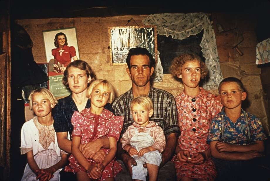 1940: Jack Whinery and his family at home in Pie Town, New Mexico, a community formed by migrant farmers from the dust bowl in Texas and Oklahoma.