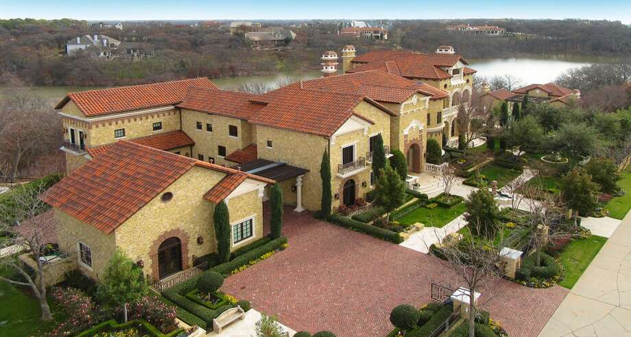 Mediterranean Mansion At Auction In Flower Mound Texas