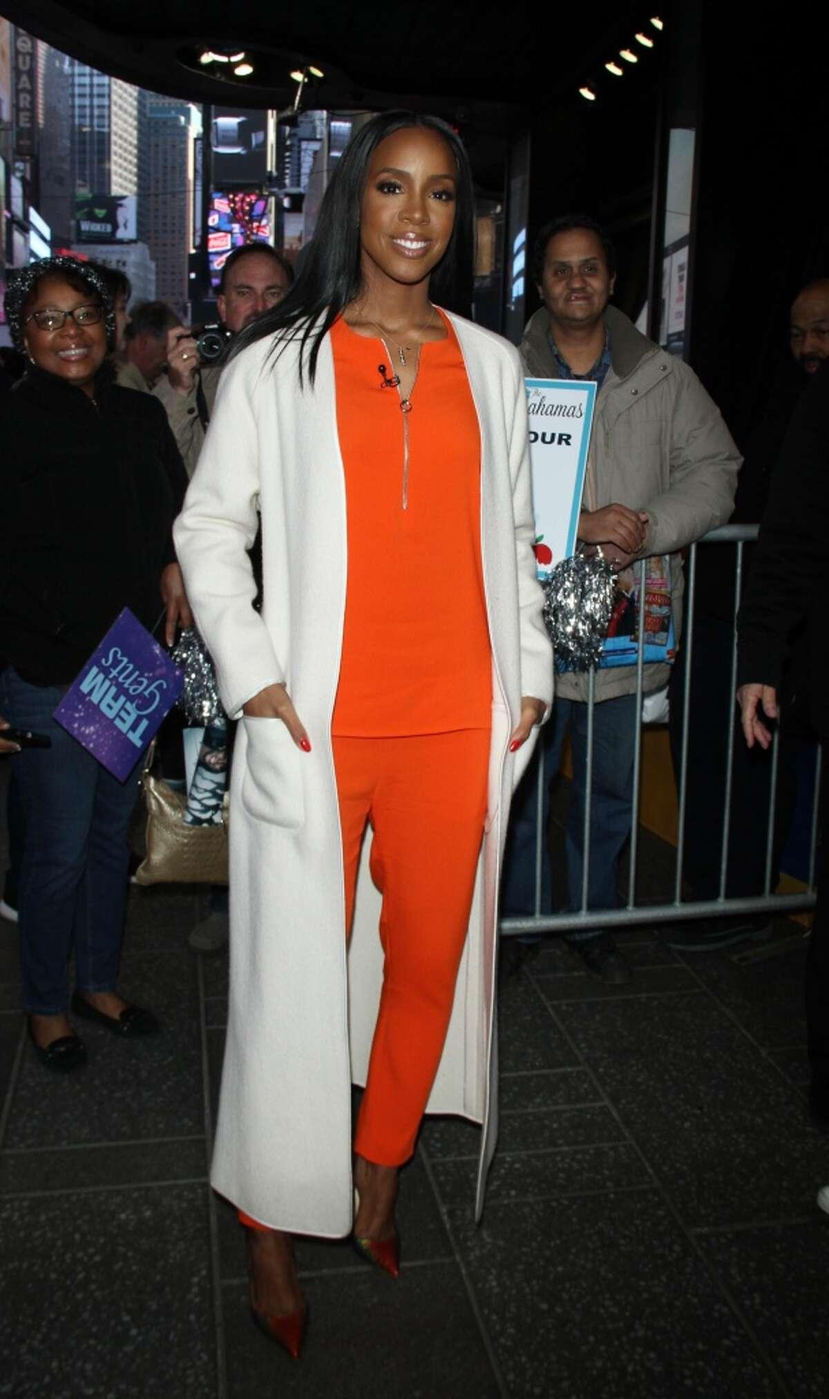 Kelly Rowland visits