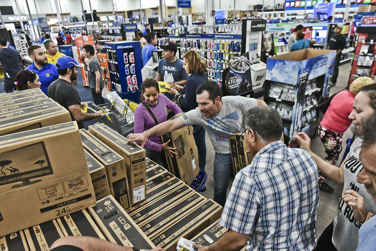 Best Buy: 8 a.m. to 10 p.m.