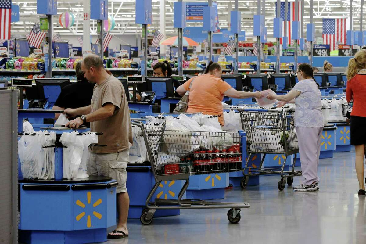 15. Walmart Cashier courtesy: 26percent Store cleanliness: 26percent Find items wanted: 35percent Itemavailability: 32percent Checkout speed: 21percent Specialty dept. service: 20percent