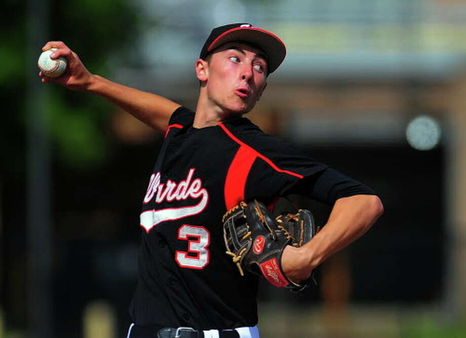 Fairfield Warde's John Natoli is expected to be one of the aces of the Mustangs pitching staff this season, along with Reese Maniscalco. Photo: Christian Abraham / Christian Abraham / Connecticut Post