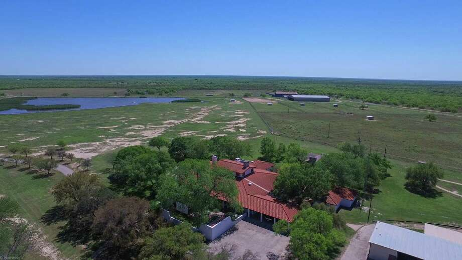 Former Atlanta Braves All-Star third baseman Chipper Jones is selling his 9,000-acre Double Dime Ranch in Maverick County, Texas. Photo: Dullnig Ranch Sales/courtesy
