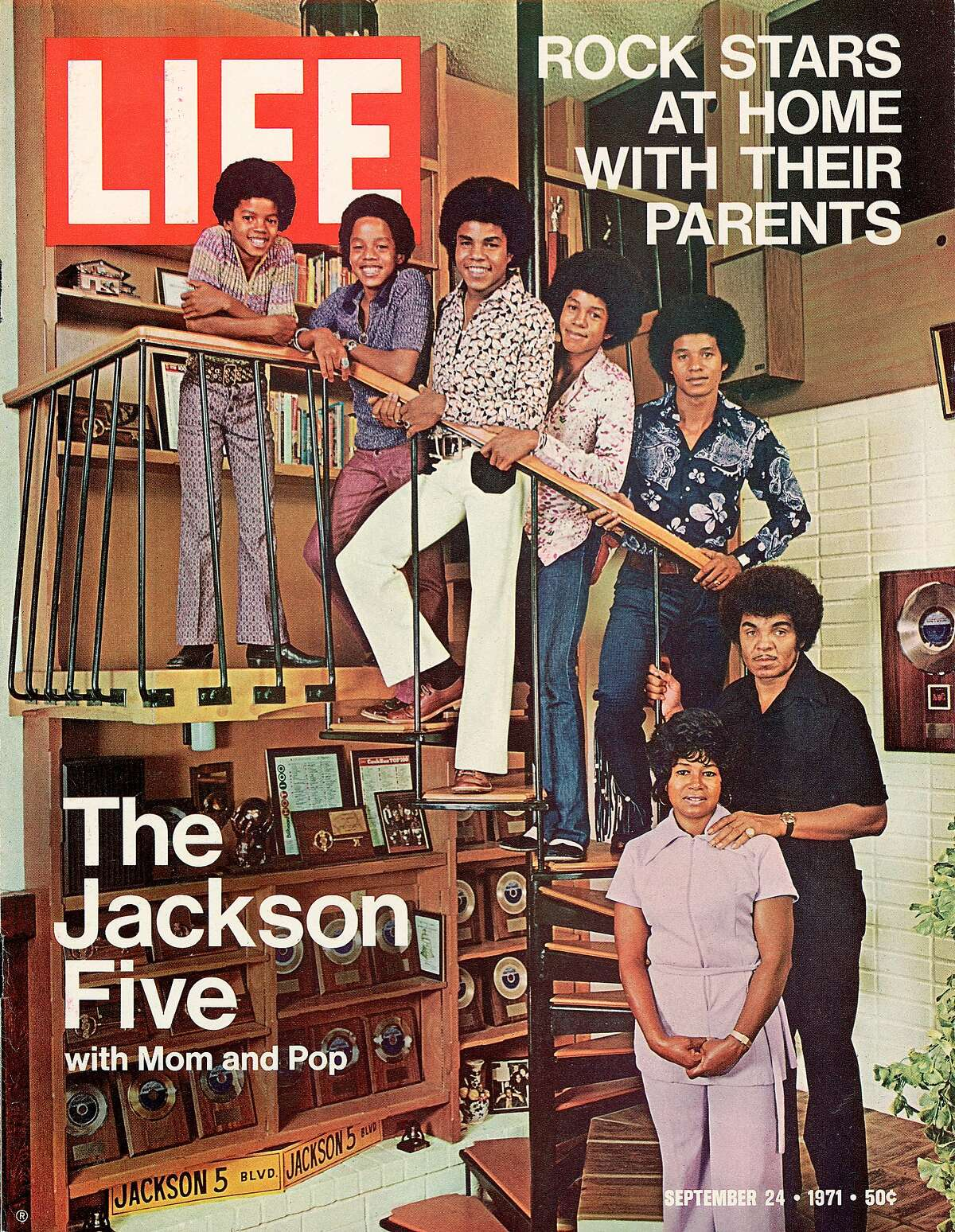 A 1971 LIFE cover featuring The Jackson Five with their mother and father, Joseph and Katherine.