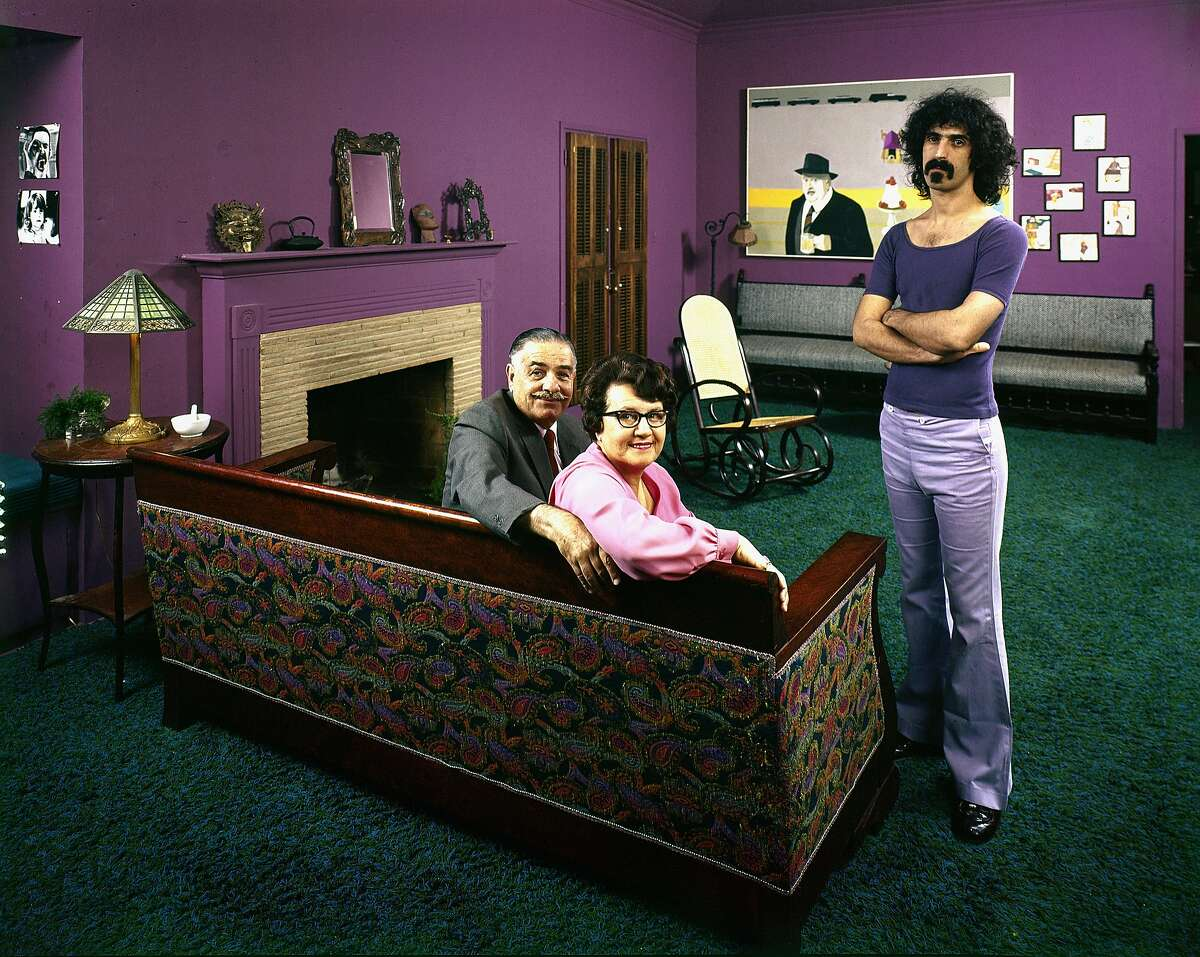 Musician Frank Zappa with his Sicilian-American parents Francis and Rose Marie in Frank's home, Los Angeles, 1970.