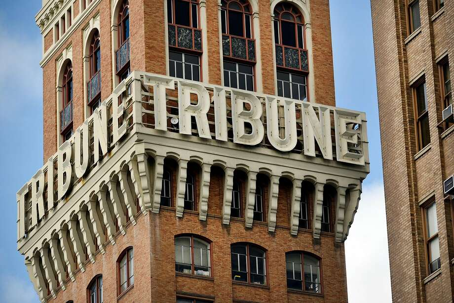 The old Oakland Tribune Tower. Photo: Michael Short, Special To The Chronicle
