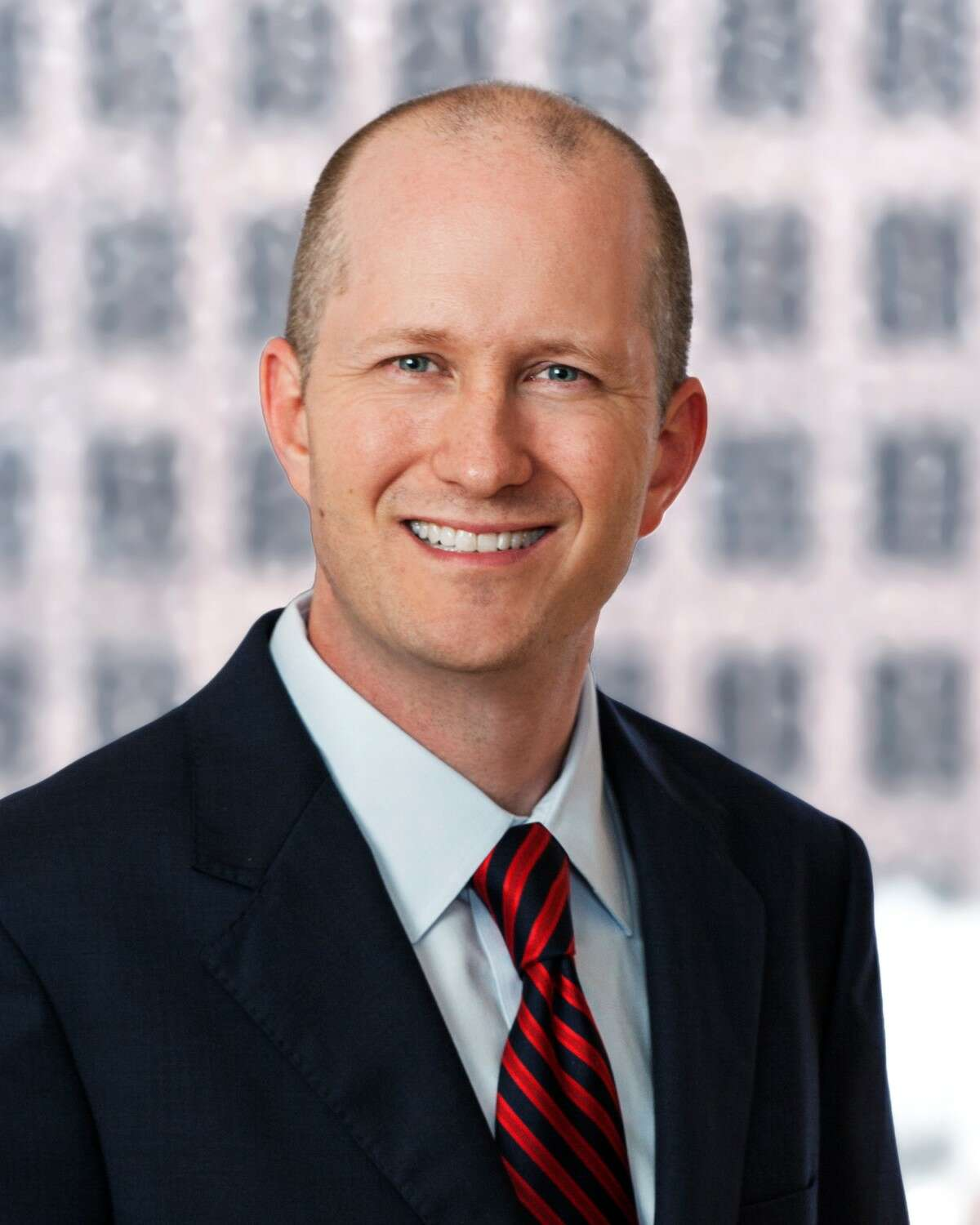 Winstead has named Tom Van Arsdel the firm?s managing shareholder of the Houston office. Van Arsdel is a member of Winstead?s commercial litigation practice group.