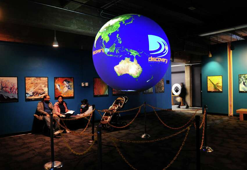 Bridgeport's Discovery Museum and Planetarium kicked off its Wild Weather and Snowflake Festival, which runsuntil Sunday.Find out more.