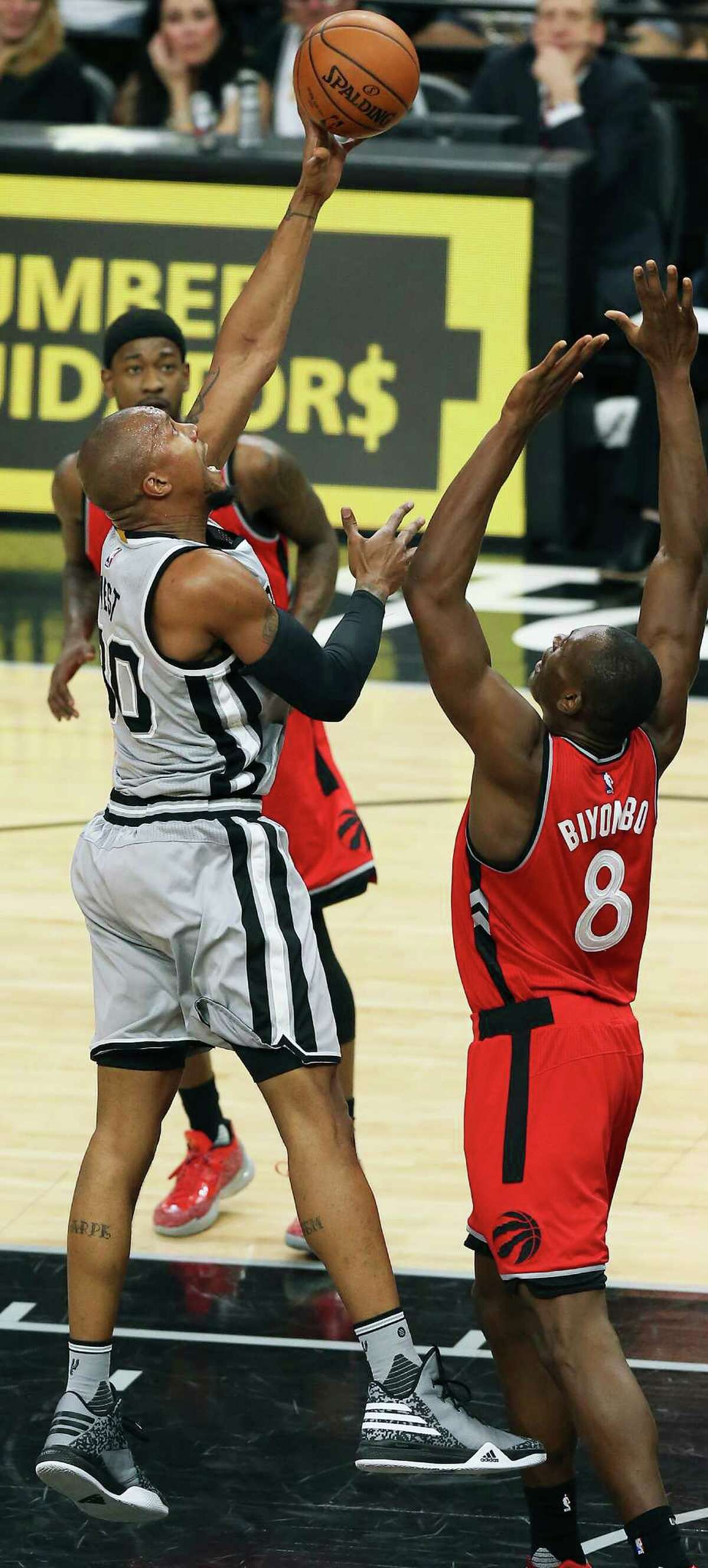 David West gets bucket from close range in the second half as the Spurs play Toronto at the AT&T Center on April 1, 2016.