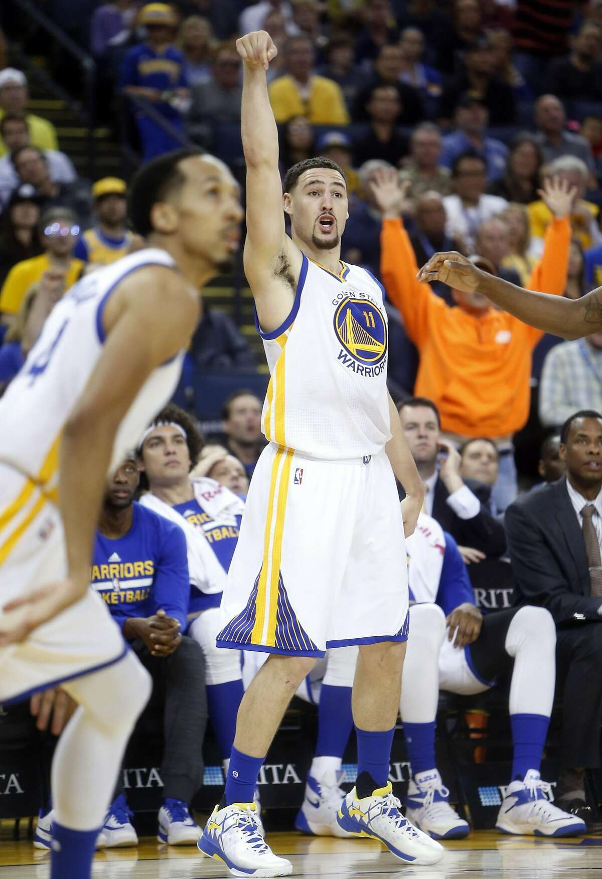 Golden State Warriors' Klay Thompson watches his 3-point attempt in 2nd quarter against Portland Trail Blazers in NBA game at Oracle Arena in Oakland, Calif., on Sunday, April 3, 2016.