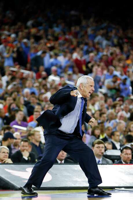 Coach Roy Williams would earn his third national championship in 13 years at North Carolina if the Tar Heels beat Villanova in tonight's title game. Photo: Karen Warren, Staff / © 2016  Houston Chronicle