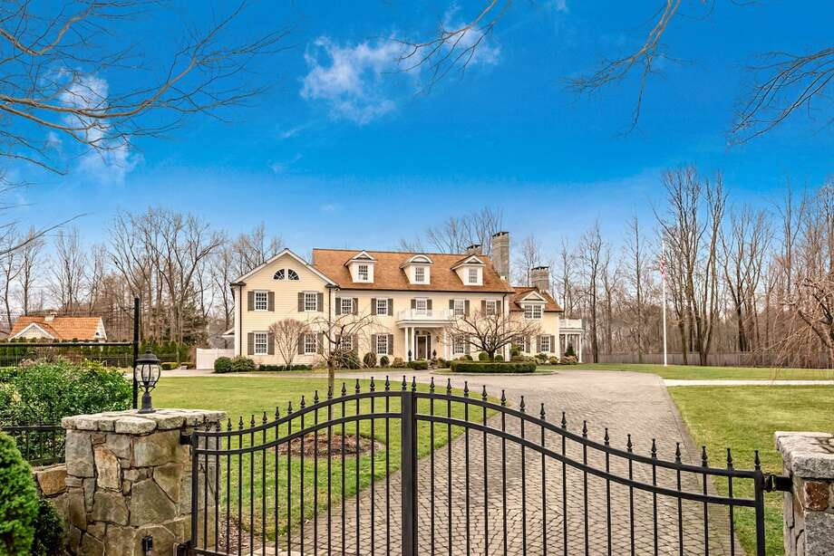 Stonewall Manor 174 Branchville Rd, Ridgefield, CT 06877 6 beds 9 baths 9,751 sqft Features: Chefs kitchen, two-story library, master Suite with fireplace, gym, Play Room, theater, pool and pool houseView full listing on Zillow Photo: Zillow