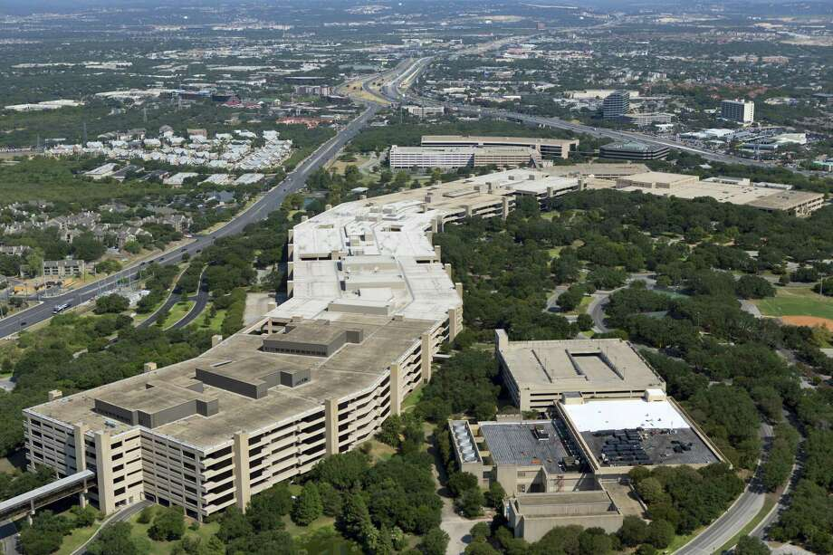 The main USAA headquarters building is seen in an Aug. 24, 2013 aerial image looking south. The company plans to add 1,500 new jobs in San Antonio. Photo: William Luther /San Antonio Express-News / © 2013 San Antonio Express-News