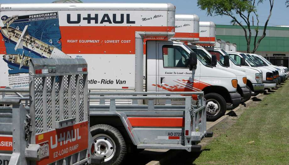 U-Haul Moving & Storage of West Oaks, 14900 Westheimer Road, is shown Monday, April 4, 2016, in Houston. ( Melissa Phillip / Houston Chronicle ) Photo: Melissa Phillip, Staff / © 2016 Houston Chronicle