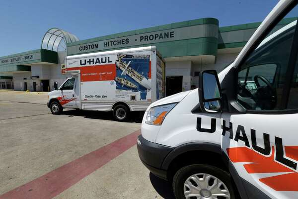 U-Haul Moving & Storage of West Oaks, 14900 Westheimer Road, is shown Monday, April 4, 2016, in Houston. ( Melissa Phillip / Houston Chronicle )