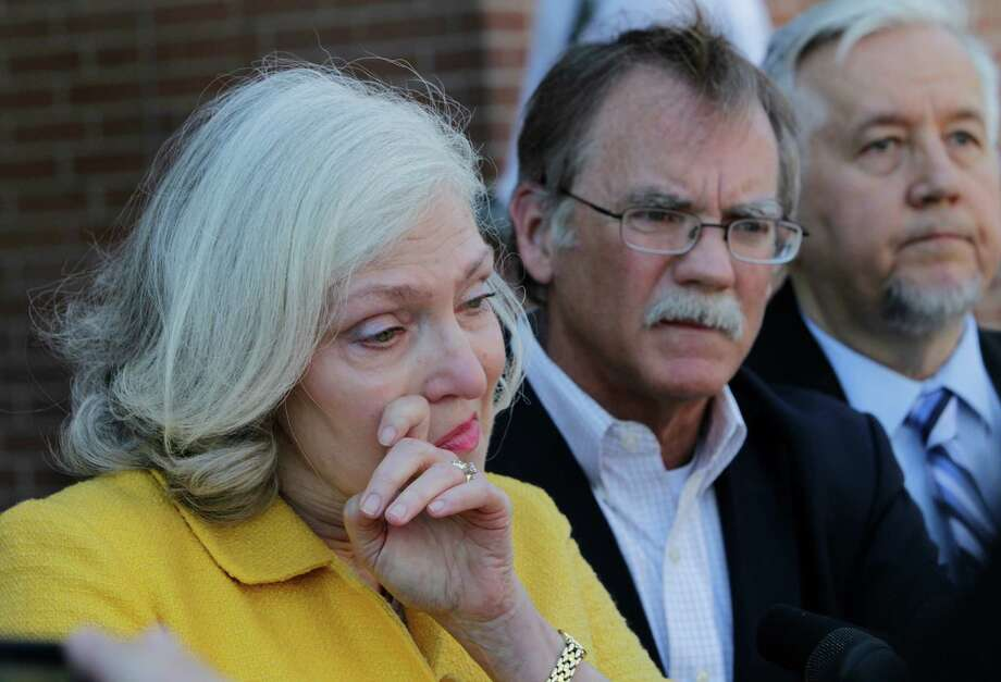 The lawsuit comes after months of fruitless efforts by Kathryn and David Green to learn more about the circumstances of their son's death, their lawyer said. Photo: Steve Gonzales / © 2016 Houston Chronicle