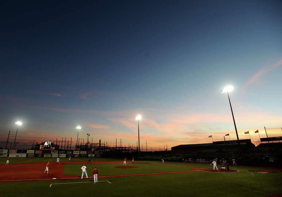 The sun sets during the beginning of Lamar's game against Marist on Friday. The Lamar University baseball team played Marist in their season opener on Friday afternoon.