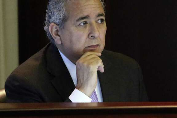 This is San Antonio Water System President and CEO Robert R. Puente Tuesday April 5, 2016 at San Antonio Water System during a Board of Trustees meeting regarding Garney Construction's plan to buy 80 percent of Abengoa's stake in the Vista Ridge pipeline.