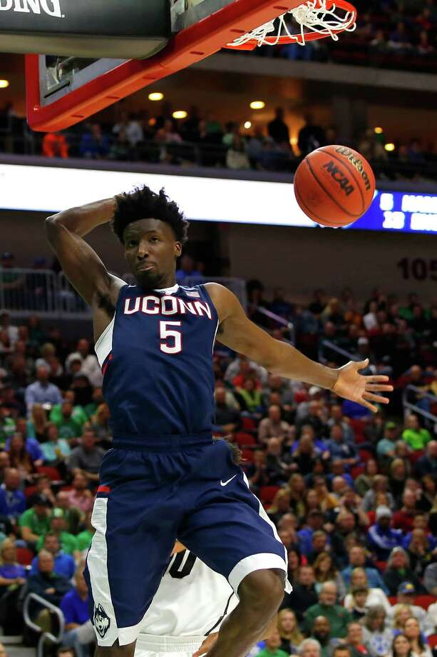 The Hartford Courant is reporting that UConn sophomore Daniel Hamilton intends to hire an agent and stay in the NBA Draft. Photo: Kevin Cox / Getty Images / 2016 Getty Images