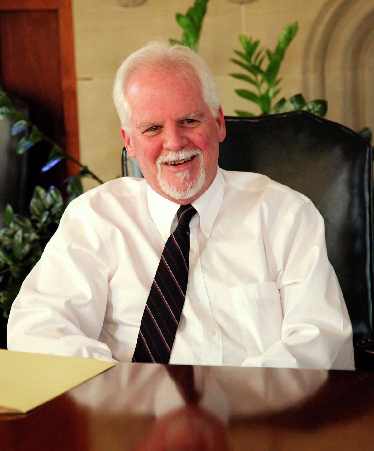 Democratic candidatefor the 21st Congressional District Tom Wakely talks to Saen editorial board on Tuesday February 9, 2016