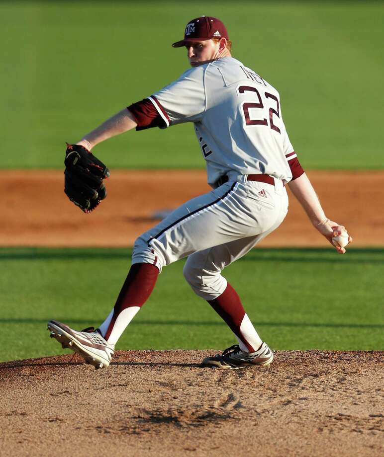 Tyler Ivey (22) played one year for Texas A&M before transferring to Grayson County College. The Astros drafted him in the third round of the 2017 MLB Draft. Photo: Karen Warren, Houston Chronicle / © 2016  Houston Chronicle