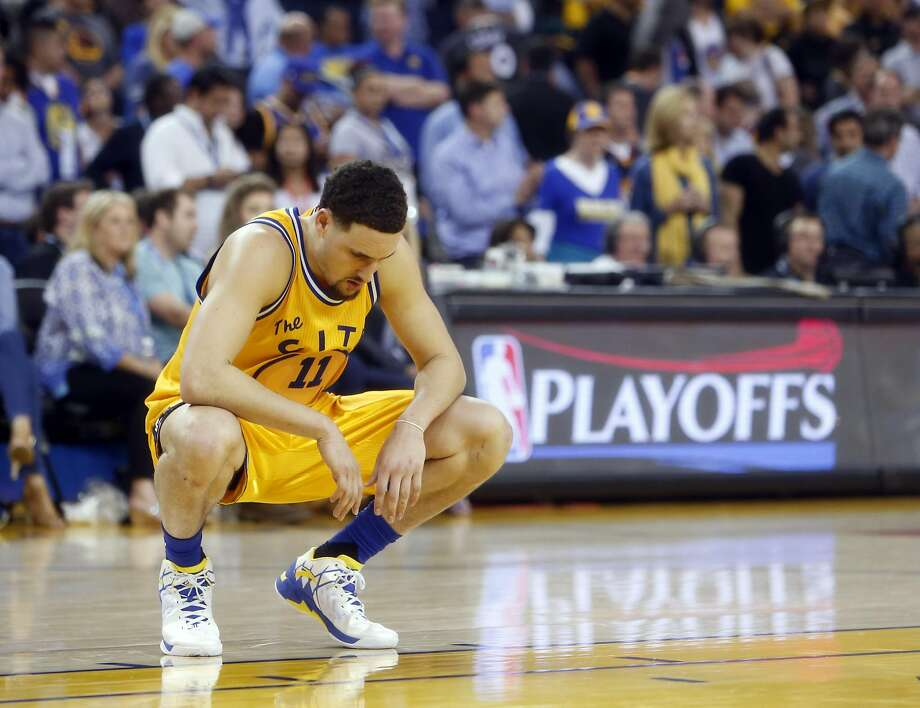 Golden State Warriors' Klay Thompson reacts in final minute of Warriors' 124-117 overtime loss to fMinnesota Timberwolves in NBA game at Oracle Arena in Oakland, Calif., on Wednesday, April 5, 2016. Photo: Scott Strazzante, The Chronicle