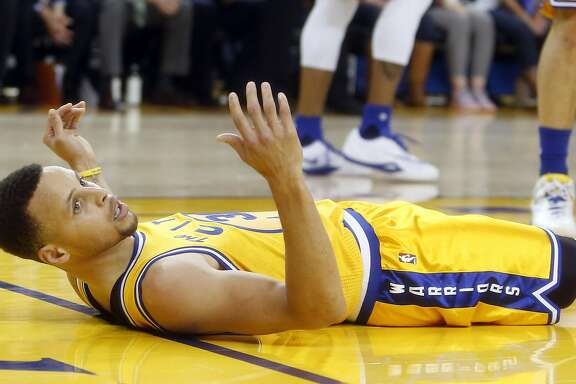 Golden State Warriors' Stephen Curry reacts to official's call in 4th quarter during Minnesota Timberwolves' 124-117 overtime win in NBA game at Oracle Arena in Oakland, Calif., on Wednesday, April 5, 2016.