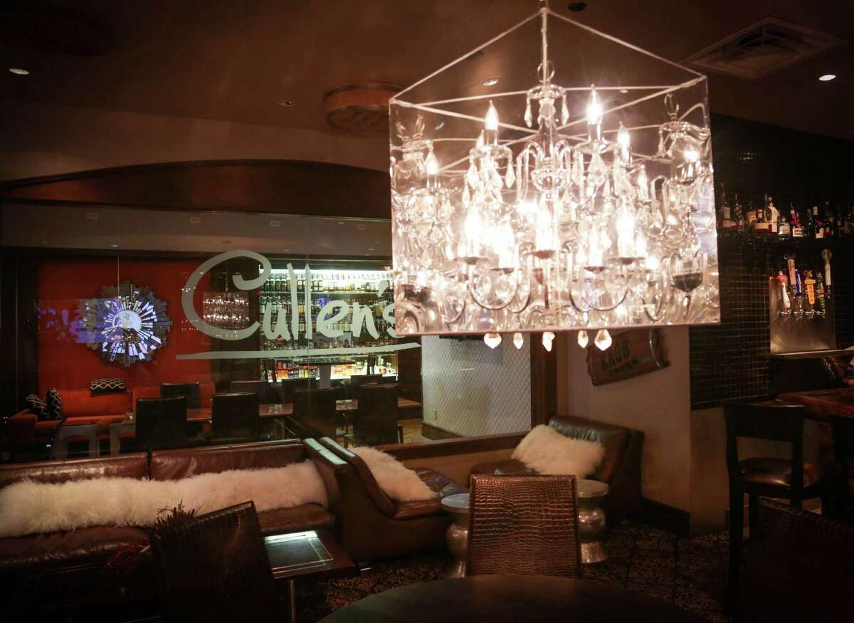 The bar area at Cullen's Upscale American Grille at 11500 Space Center Blvd. Houston.