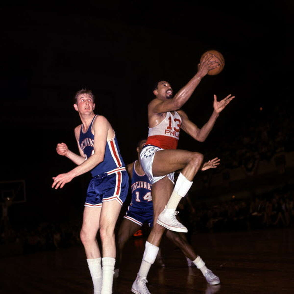 1966-67 Philadelphia 76ers 68-13 Wilt Chamberlain (24.1 PPG, 24.2 PPG, 7.8 APG) flanked by Hall of Famers Hal Greet, Chet Walker, and Billy Cunningham. Chamberlain wasn't the 7-foot-1 destroyer of worlds who once averaged 50.4 points per night, but the Dipper was still a force of nature. The Sixers dominated Bill Russell and the Boston Celtics in the Eastern Division Finals before dispatching Rick Barry and the San Francisco Warriors 4-2 in the Finals.