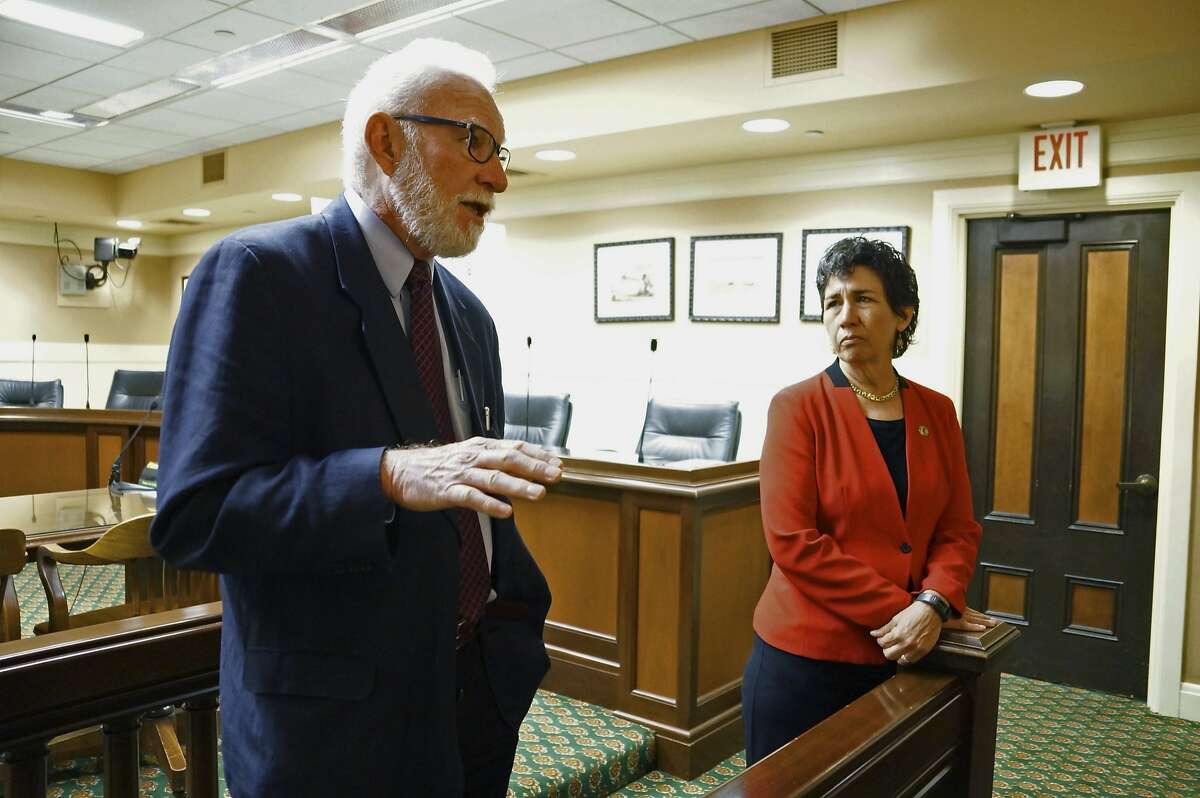 Canadian Sen. Larry Campbell, left, joins California state Assemblywoman Susan Talamantes Eggman, D-Stockton, at a news conference in Sacramento, Calif., Tuesday, April 5, 2016. Campbell helped establish North America's only supervised drug use facility in Vancouver, British Columbia in 2003. He visited Sacramento in support of Eggman's proposal to allow addicts of heroin, crack, opioids and other controlled substances to use drugs at clinics offering medical intervention. (AP Photo/Alison Noon)